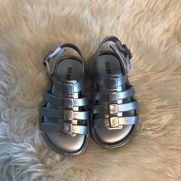 a7464e8edc0 Mini Melissa flox shine silver sandals. New